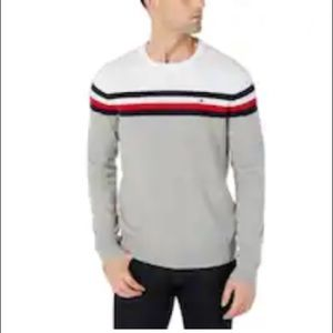 Tommy Hilfiger Adaptive Crew Sweatshirt Grey Red L